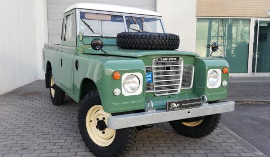 Land Rover Long 109 Série III